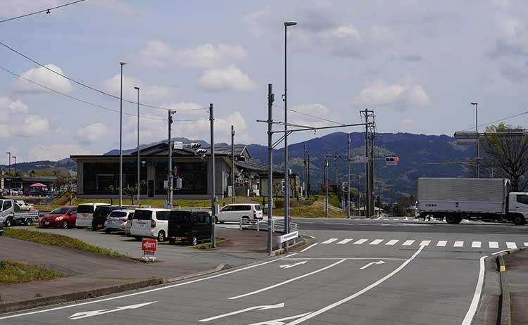 道の駅ふじおやま 246交差点